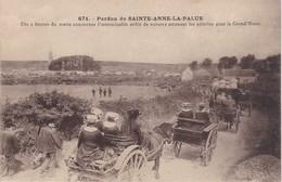SAINTE-ANNE-LA-PALUD - Pardon - Dès 9 Heures Du Matin Commence L'interminable Défilé De Voitures... TBE - Francia