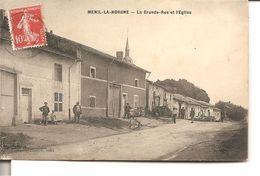 MENIL - LA - HORGNE  - La Grande Rue Et L'Eglise - Autres Communes