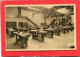 19  .EGLETONS  , Ecole   Nationale Professionnelle   .Atelier  De  Menuiserie  . - Egletons