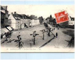 78 RAMBOUILLET - La Place Félix-Faure - Rambouillet