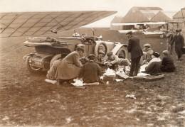 Chartres Aviation Pique Nique Amicale Des Aviateurs Dejeuner Sur L'Herbe Ancienne Photo Branger 1914 - Aviation