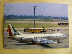 AIRPORT / FLUGHAFEN / AEROPORT      LONDRE HEATHROW   CARAVELLE   ALITALIA - Aerodrome