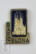Barcelona - Sagrada Familia By Antoni Gaudí -  Pin Badge - Ciudades
