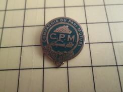 Pin713b Pin's Pins / Beau Et Rare / JEUX / CPM LA COMPAGNIE DU PARI MUTUEL - Games