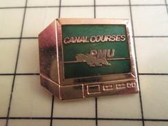 Pin713b Pin's Pins / Beau Et Rare / JEUX / ECRAN DE TELE OU MINITEL CANAL COURSES PMU En Léger Relief - Games