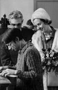 Postcard / ROYALTY / Belgique / Reine Fabiola / Koningin Fabiola / Braine-l'Alleud / Au Village Nr. 1 / 1969 - Eigenbrakel