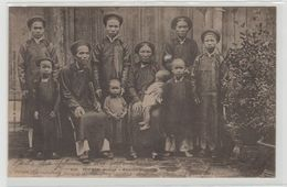 """1 Cpa Tonkin """" Sontay Famille Annamite """" Pionnière - Postcards"""