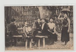 """1 Cpa Tonkin """" Quang Yen Femmes De Miliciens Prenant Leur Repas """" Pionnière - Postcards"""