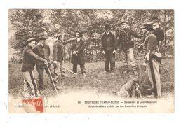 CPA Frontière Franco Suisse Douaniers Et Contrebandiers Contrebandiers Arrêtés Par Des Douaniers Français Animation 1912 - Dogana