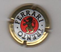 Dec17    Capsule De Mousseux   Ferrari   Trento    Italie - Schaumwein - Sekt