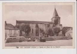 Carte Postale - ROYERE - Eglise Et Place De La Mayade - Autobus Ancienne Voiture Ancienne Boucherie Charcuterie - Royere