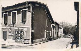 81 Giroussens  Centre De La Rue Principale Et Allée Du Parc - Coiffeur - Francia