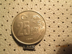 TURKEY 25 Lira 1997  # 6 - Turkey