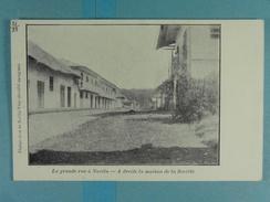 Platine Et Or De Novita-Viejo La Grande Rue à Novita A Droite La Maison De La Société - Colombie
