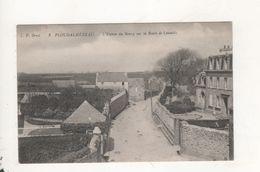 Ploudalmezeau L Entree Du Bourg Sur La Route De Lannilis - Ploudalmézeau