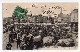 Cpa  73 Cambrai . Le Grand Marché - Cambrai