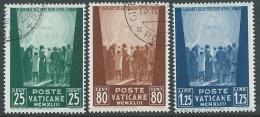 1944 VATICANO USATO OPERE DI CARITA 3 VALORI - X15-7 - Oblitérés