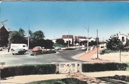 80----RARE---FORT-MAHON-PLAGE--le Rond Point--( Fourgon HY Pub CLAUDEL + DS + AUTRES )--voir 2 Scans - Fort Mahon