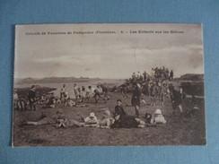 CPA 29 PORSPODER COLONIE DE VACANCES LES ENFANTS SUR LES GREVES - France