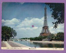 Carte Postale Musicale Mexisonor Paris La Tour Eiffel - L Arc De Triomphe Et Le Sacre Coeur Le Lot De 3 Cartes - Objets Dérivés