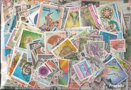 Pakistan Briefmarken-1.000 Verschiedene Marken - Pakistan