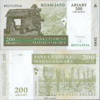 Madagaskar Pick-Nr: 87b Bankfrisch 2004 200 Ariary - Madagaskar
