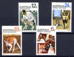 AUSTRALIE AUSTRALIA 1971, Sté Aide Animaux, Chiens Chat Kangourou Cheval Agnelet, 4 Valeurs, Neufs / Mint. R759 - Nuovi