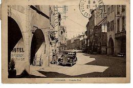 37 - LOUANS - Belle Vue Animée De La Grande Rue ( Beau Plan  Vieille Voiture , Garage , Tabac , Bazar ) - Other Municipalities