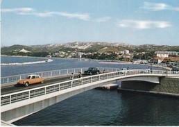 Martigues. Le Nouveau Pont. Dans Le Fond, Le Quartier Sainte-Anne. Automobiles Citroën DS, Peugeot 403. - Martigues