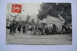 CPA 15 CANTAL. Types Et Scènes Champêtres. Départ Des Petits Laitiers Pour La Fromagerie. 1907. - Autres Communes