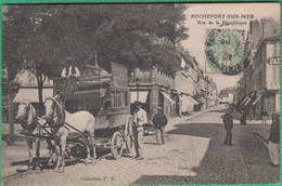 17 - Rochefort Sur Mer - Rue De La République (diligence) - Editeur: P.V - Rochefort