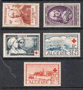 ALGERIE 5 TIMBRES SANS GOMME - Algérie (1924-1962)