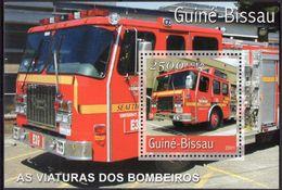 GUINÉ BISSAU 2001 - Camions Pompiers - BF Neufs // Mnh - Guinée-Bissau