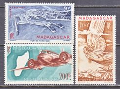MADAGASCAR  C 51-3   * - Airmail