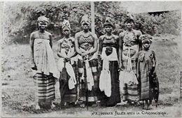 CPA Guinée Types Ethnic Circulé Jeunes Filles Avant La Circoncision - Guinée Française