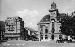 NEUCHATEL → Place Du Port Avec Le Oldtimer, Ca.1950 - NE Neuenburg