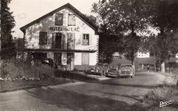 CPSM  -  Hotel Du Lac à CHAON  (25)     Voitures Anciennes - Autres Communes