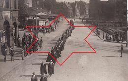 Foto-AK 1920 KOBLENZ - Bestattung Von Dr. Mc Donald, YMCA Frauen (A184, Ww1, Wk 1) - Koblenz