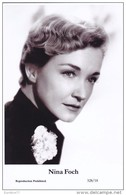 NINA FOCH - Film Star Pin Up PHOTO POSTCARD - Publisher Swiftsure Postcards 2000 - Postales