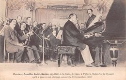 Monsieur Camille Saint Saëns Répétant à La Salle Gaveau à Paris Le Concerto De Mozart - 1913 Dernier Concert - Music And Musicians