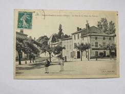 C.P.A. 69 SAINT-GENIS LAVAL : Le Bas De La Place Du Perron, Café Restaurant XXe Siècle, Animé, Timbre 1908 - Altri Comuni