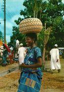 Nigeria, Kwasa State, A Good Bargain - Nigeria