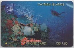 CAYMAN ISLANDS - DIVER IN REEF - 2CCIA - Cayman Islands