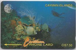 CAYMAN ISLANDS - DIVER IN REEF - 5CCIA - Cayman Islands