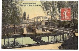 LAROCHE MIGENNES - Passerelle Et Gare Du PLM - Migennes