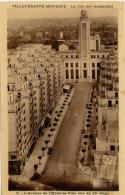 VILLEURBANNE La Cité Des Gratte-ciels, L Avenue De L Hôtel De Ville - Villeurbanne