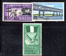 XP3722 - NIGERIA 1966 , Serie Yvert N. 197/199  Usata - Nigeria (1961-...)