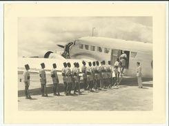 Rare MADAGASCAR- Avion Embarquement  Gendarmerie - 1953 - Photo 24 X 18 Cm - Madagascar