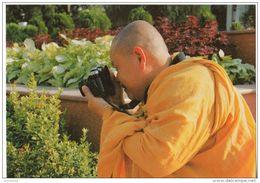 Dayly Life Of Vietnam - Le Bronze Aime L ' Art - HCM Villa - Vietnam