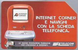 IT.- SCHEDA TELEFONICA. TELECOM ITALIA LIRE 5.000. € 2.58. INTERNET CORNER E NAVIGHI CON LA SCHEDA TELEFONICA.  2 Scans - Italië